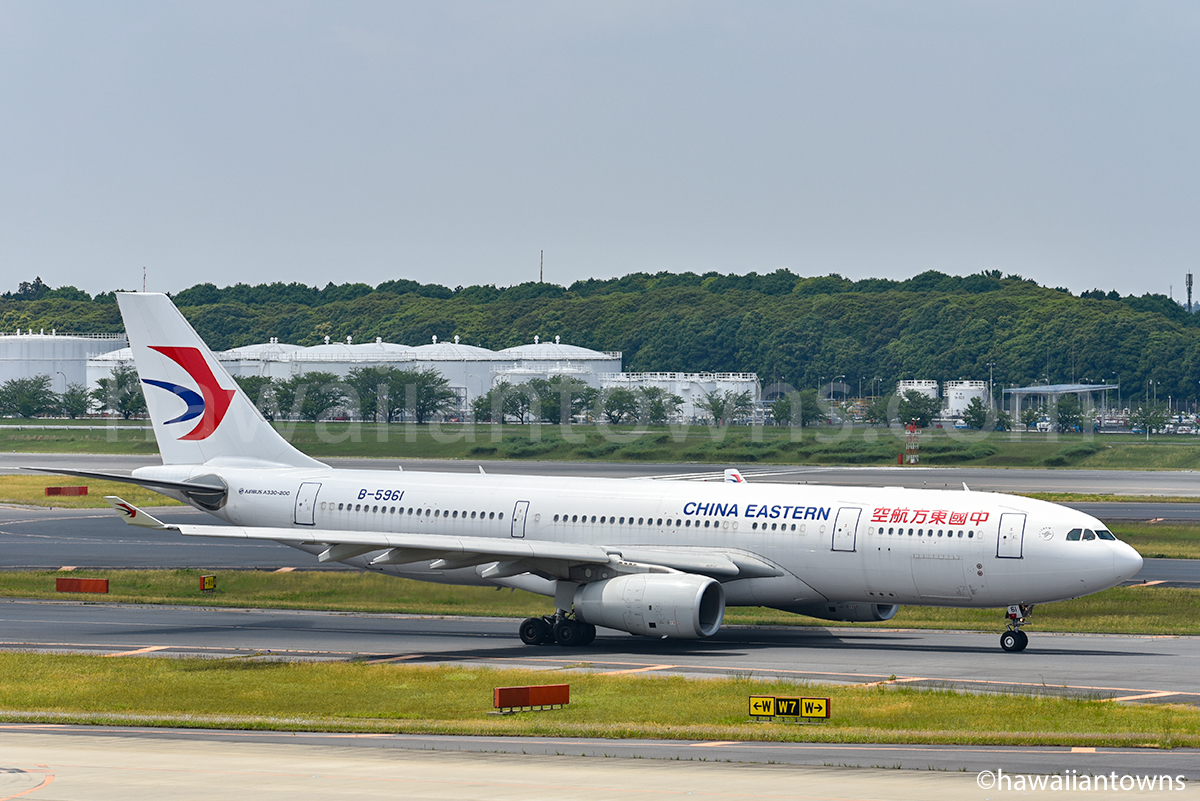 中国東方航空の飛行機