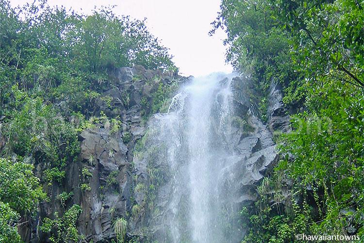 ハナ周辺の滝