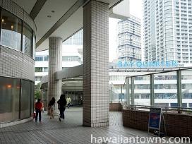 ベイクォーターには横浜駅からそごうを抜けていくのが近道